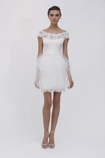 01a599c9 Wedding Dress Wednesday: Short and Sweet Marchesa   The Blogworthy Bride
